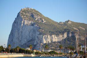 Gibraltar klippen set fra den spanske side