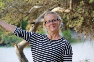 Jeg pejer på et træ, men det ville Lasse ikke tage med på billedet åbenbart?